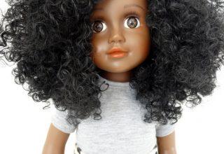 My brown doll; poppen met een donkere huidskleur