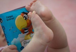 Voorlezen aan baby's: Hoe doe je dat? En welke boekjes zijn leuk? + winactie (gesloten)