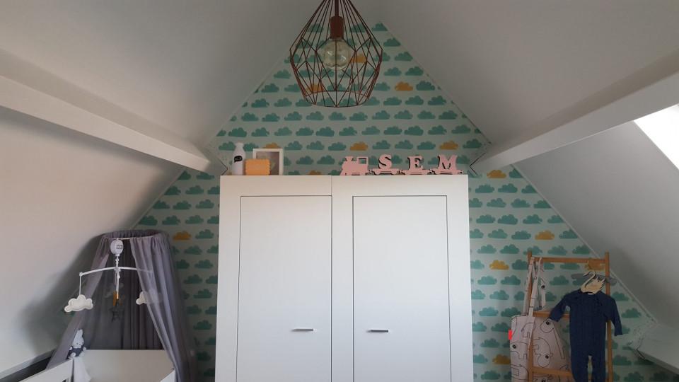 Binnen kijken in de babykamer van sem een kamer vol sentiment mamalou blogt - Decoreren van een volwassen kamer ...