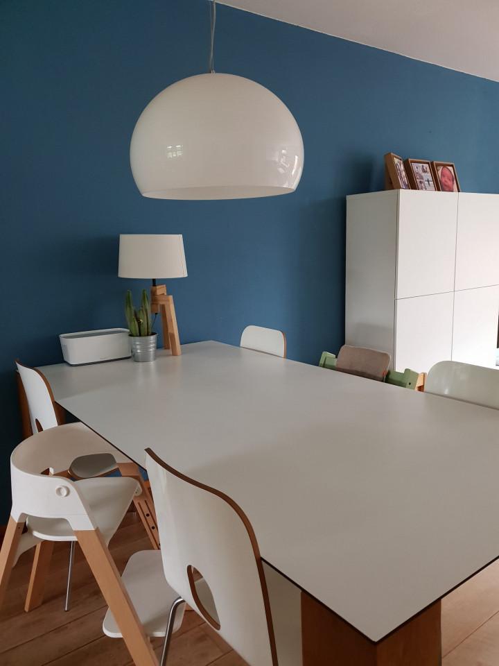 Een mooi lichtpuntje met deze scandinavische tafellamp